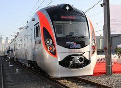 """""""Укрзализныця"""" обещает вернуть поезда Hyundai на маршруты уже в феврале"""