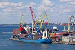 Свобода предложила дать Севастополю статус «порто-франко»