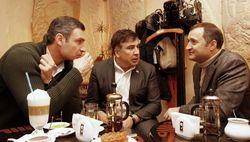 Кличко, Саакашвили и еще кто-то ...