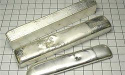 Инвесторам: химики научились собирать из 44 атомов серебра «суператомы»