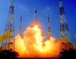 Индия вывела в космос 2-тонный спутник собственной ракетой-носителем