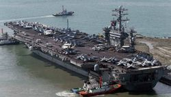 Пентагон отправил атомный авианосец Нимиц  поближе к Сирии
