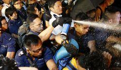 Демонстранты не утихают в Гонконге