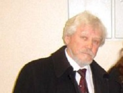 Ушел из жизни народный артист России Анатолий Безденежный