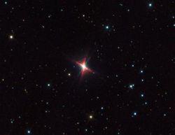 Настоящая загадка астрономов - туманность Красный Прямоугольник