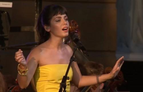 Британская певица исполнила Щедрик наукраинском языке вэфире BBC
