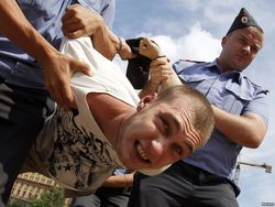 В России участников пикетов в поддержку Надежды Савченко назвали маньяками