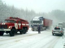 Непогода обесточила 650 населенных пунктов в 12 регионах Украины