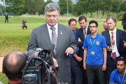 Порошенко обещает Донбассу «выдающиеся шаги по децентрализации»