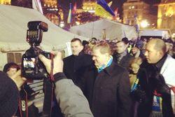 Министр иностранных дел Канады Джон Берд посетил Евромайдан в Киеве