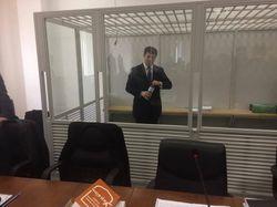 Суд оставил Насирова в СИЗО, денег на залог у него нет