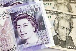 Курс доллара вырос против фунта на 0,71% на Форекс после слабых данных Великобритании