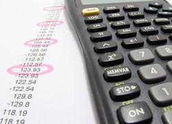 Украина: Эксперты предлагают пересмотреть госбюджет и урезать налоговые льготы