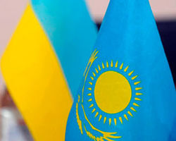 Яценюк встретился с премьером Казахстана для обсуждения сотрудничества