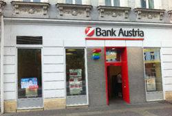 Первыми последствия санкций Запада против РФ почувствовали банки Австрии