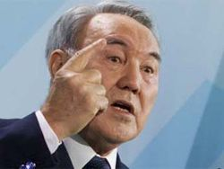 Назарбаев раскритиковал РФ за создание барьеров для партнеров по ТС
