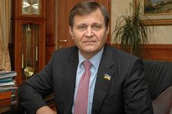 Ландик обвиняет Ефремова в финансировании террористов