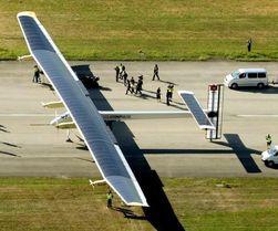 Самолет на солнечных батареях отправился в первое кругосветное путешествие
