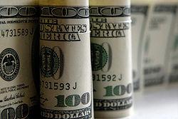 Курс доллара отыграл у евро утраченные позиции на Forex