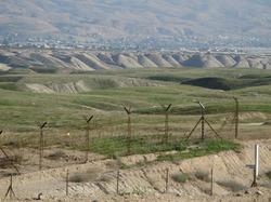 На границе Узбекистана и Казахстана скончалась женщина - причины