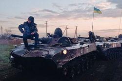Террористы переодеваются в штатское и пытаются выбраться из Славянска