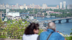 С 7 апреля Кабмин ограничит срок пребывания россиян на территории Украины