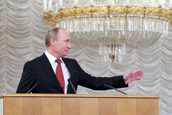 Путинские ножницы: экономика рушится, рейтинги Путина растут – Илларионов
