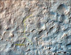 Марсоход Curiosity едет задним ходом для защиты колес