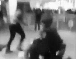 В Нью-Йорке темнокожие подростки ради забавы избивали белых и разгромили универмаг
