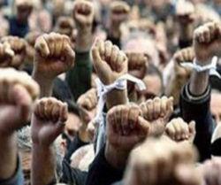 На юге Украины проходят многотысячные митинги против российской оккупации
