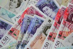 Фунт добрался до наивысшей отметки к доллару