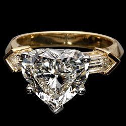 Кольца с бриллиантами - для дамы твоей мечты