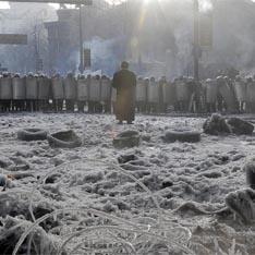 Януковича загоняют в угол – российские СМИ