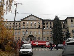Очевидцы утверждают, что видели в горящем Аграрном университете пьяного