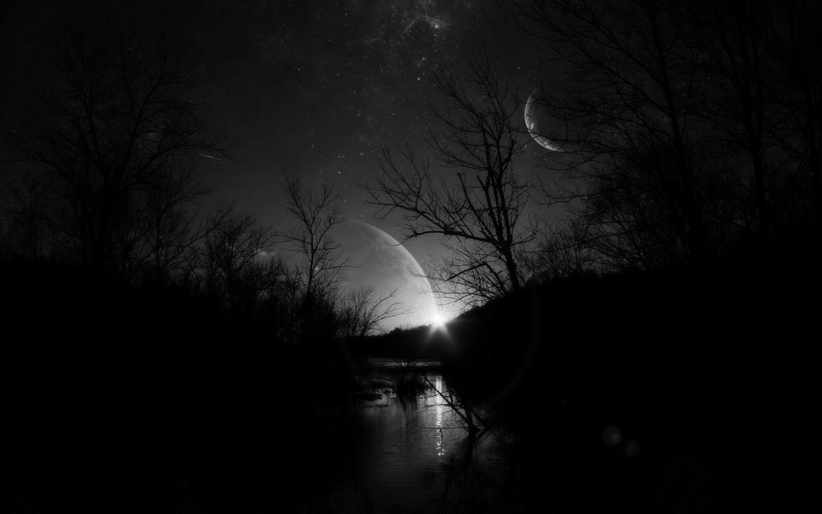 Над Украинским государством взойдет особая «черная» Луна