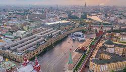Россия: водителя, пытавшегося въехать в ворота Кремля, поместили в психлечебницу