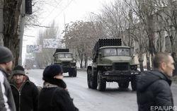 Россия продолжает гнать боевую технику на восток Украины – штаб АТО
