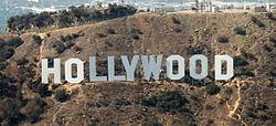 Знаменитую надпись Hollywood в Лос-Анджелесе поменяли на «святую марихуану»