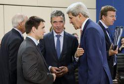 Порошенко возглавит украинскую делегацию на саммите НАТО