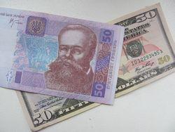 Курс гривны укрепился к доллару США, фунту и тенге