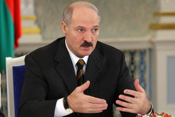 Александр Лукашенко балансирует между Россией, ЕС и войной в Украине