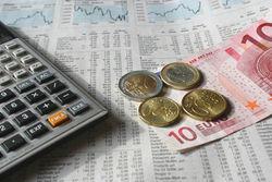 ЦБ РФ установил курс евро к рублю на Форексе с 25 февраля