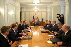 Путин провел ночью заседание Совбеза РФ по украинскому вопросу
