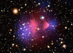 Искажения траектории полета спутников могут помочь в обнаружении темной материи