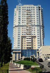 Сколько лет нужно копить на свою квартиру в Украине и соседних странах?