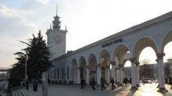 Укрзализныця прекратила онлайн-продажу билетов в Крым