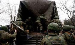 Путин возвращает войска в места дислокации. Но не из Крыма