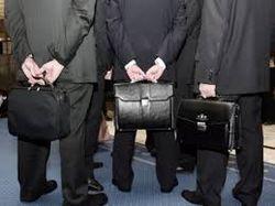 В Украине госслужащим пообещали увеличить зарплату в два раза
