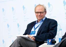 Экономист из института Петерсона выдал 6 советов, которые предотвратят дефолт в Украине