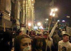 В Киеве на Майдане произошла потасовка между националистами и Самооброной